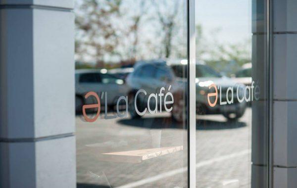 PRofile a început colaborarea cu compania Bemol prin deschiderea primei cafenele Ə'La Café